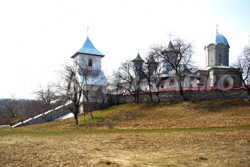 manastiri buzau schitul cetatuia