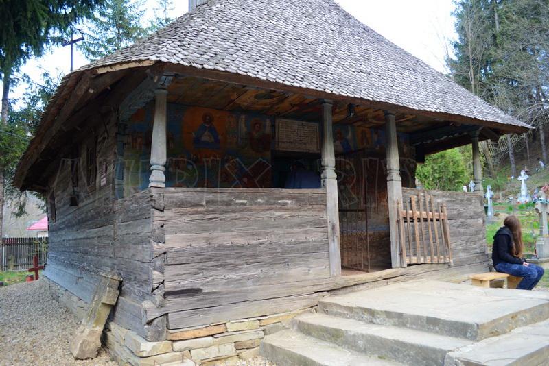 manastiri buzau biserica jetu