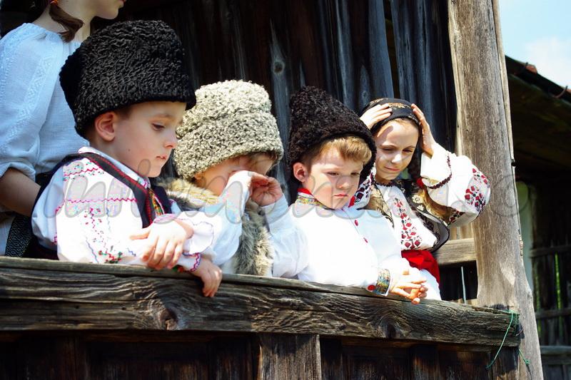 traditii din buzau, portul popular