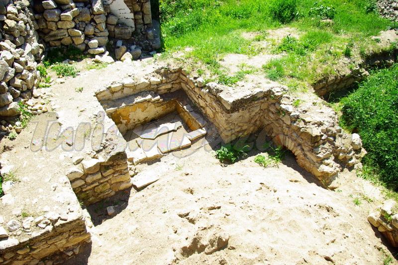 ruinele romane pietroasele