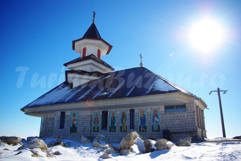 marian apostol Biserica dintr-o piatra Naeni
