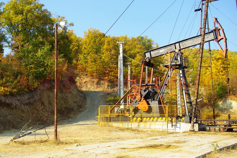 mina de petrol sarata monteoru