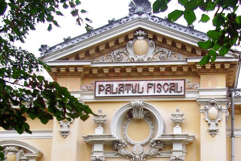 casa lupescu / palatul fiscal ramnic